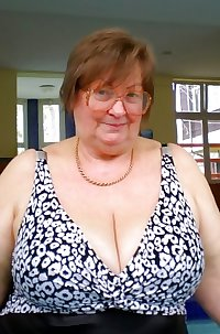 Various granny mature bbw busty clothes lingerie 3
