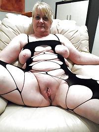 Grab a granny 211