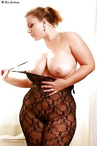 Voluptuous Curves 6