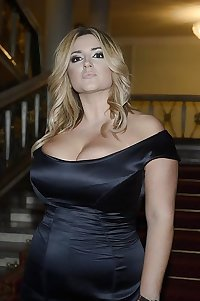 Curvy Beauties 53 Clothed Edition