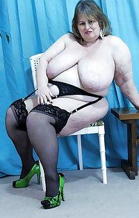Mature BBWs in stockings 34