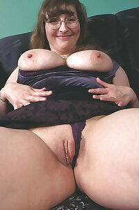 Bbw spreading pussy collection